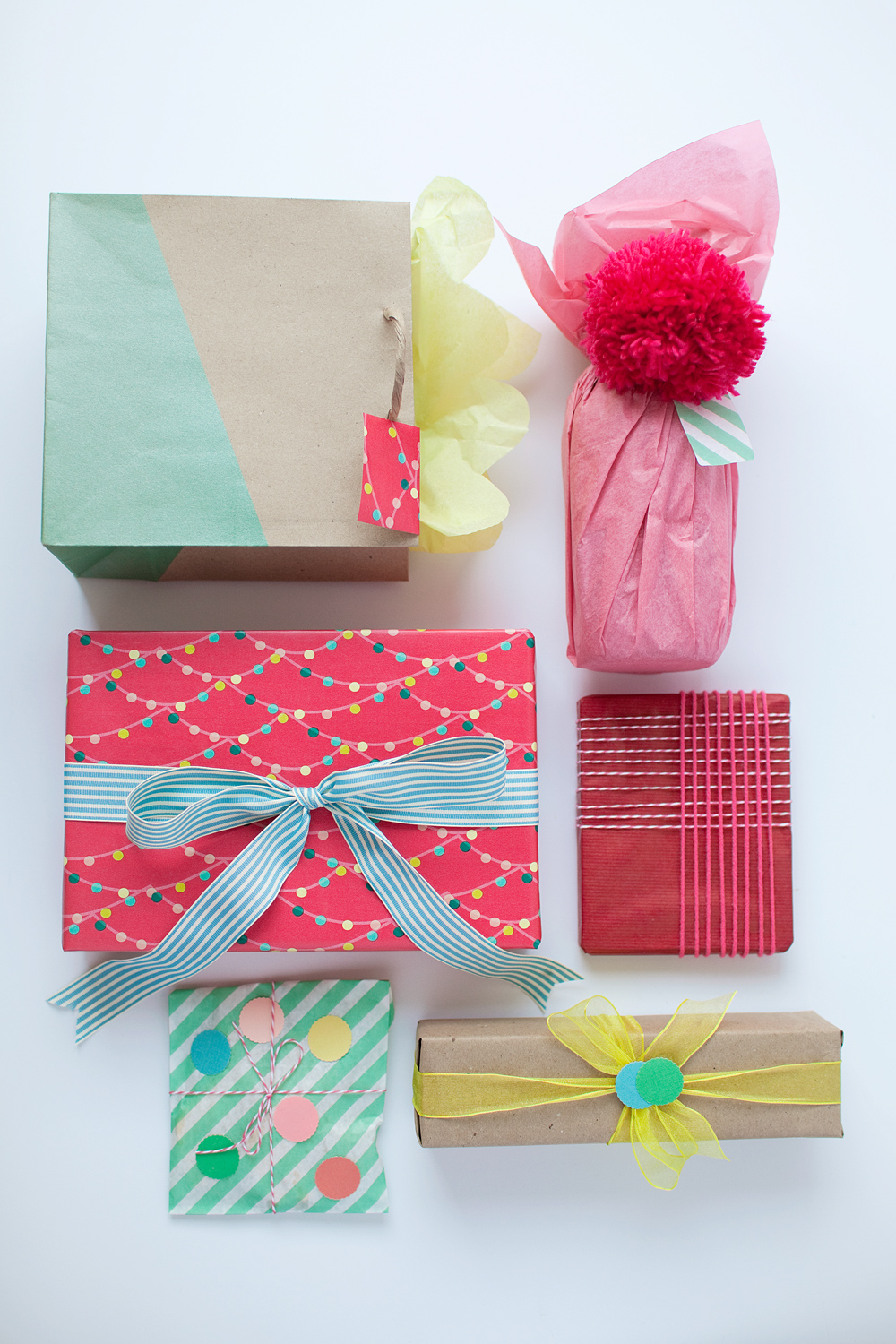 20 Creative Gift Wrapping Ideas For Christmas - Hey Fitzy