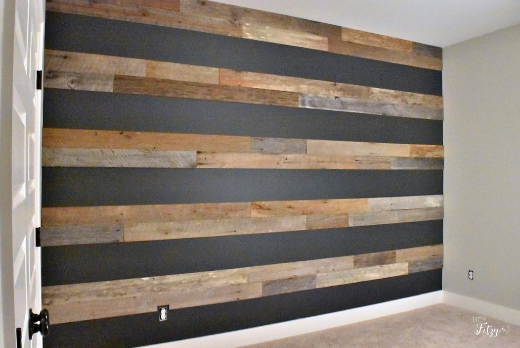How To Create A Barn Wood Accent Wall Hey Fitzy