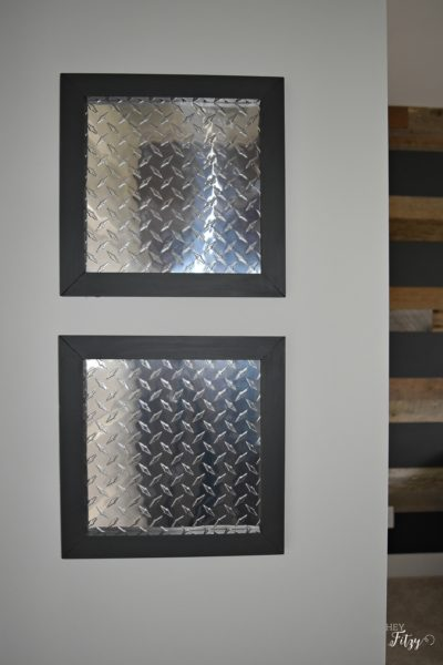 Picture Frames with Diamond Tread Aluminum Sheets